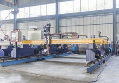 చైనా Jiaxin 1300 * 2500mm woking ప్రాంతం మెటల్ కట్టర్ కోసం ప్లాస్మా కటింగ్ యంత్రం ప్లాస్మా ప్రత్యేక stat LCD ప్యానెల్ నియంత్రణ వ్యవస్థ